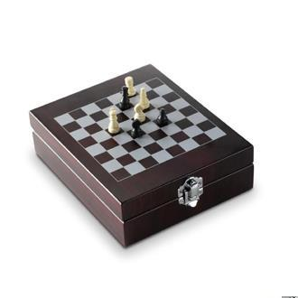 Five Piece Wine Set with Chess Game
